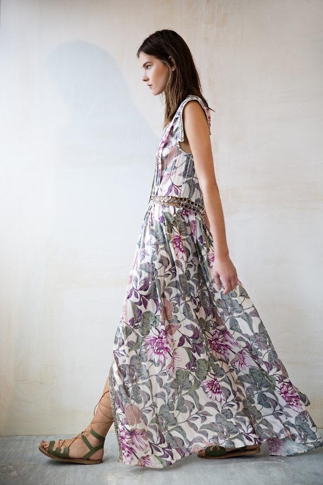 אתן חייבות שמלת מקסי הקיץ (צילום: שי יחזקאל)