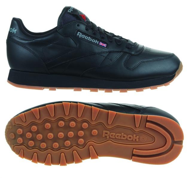 """נעלי ריבוק במגה ספורט (צילום: יח""""צ)"""