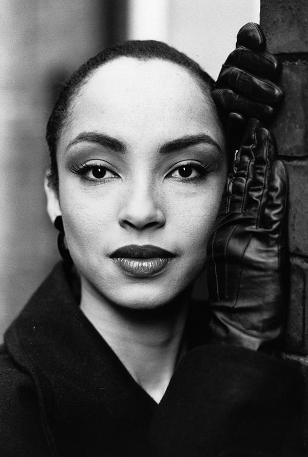 זוכרים את שאדיי? היא חזרה לכותרות והכל בזכות תעשיית האופנה (צילום:  Express Newspapers/Getty Images)