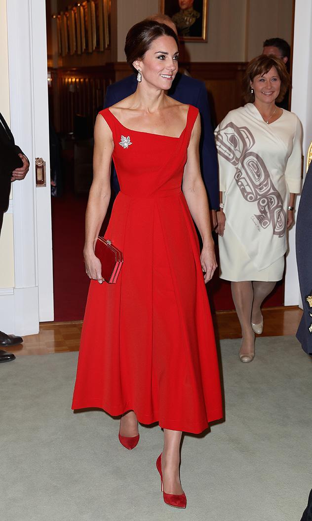 קייט, אם את לא יודעת מה ללבוש לחתונה - יש לנו כמה הצעות בשבילך (צילום: Chris Jackson/Getty Images)