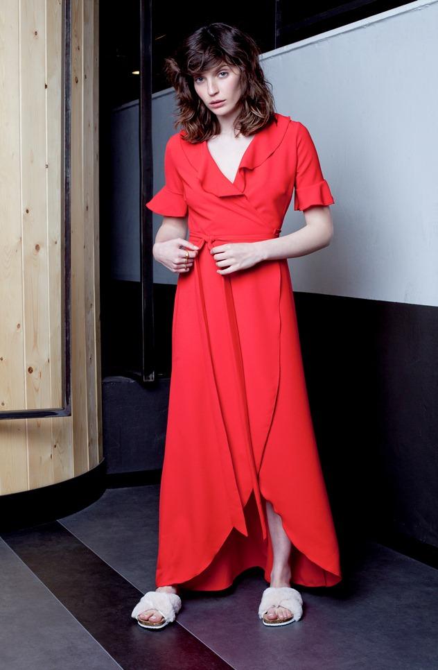 שמלה: beky brock