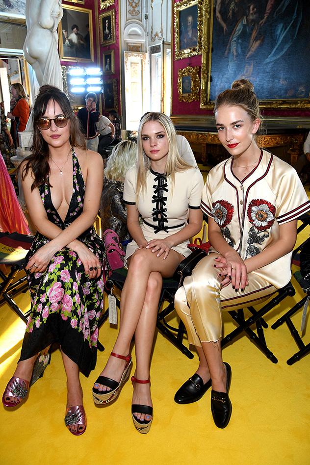 גרייס, סטלה ודקוטה: האחיות הכי יפות שראינו לאחרונה (צילום: Venturelli-gettyimages-israel-AFP)