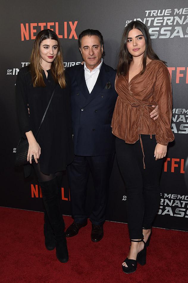 עם אבא אנדי והאחות דומיניק (צילום: Jamie McCarthy/Getty Images)