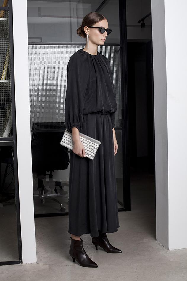 הגרסה של טרס לשמלה השחורה הקטנה (צילום: מירב בן לולו)