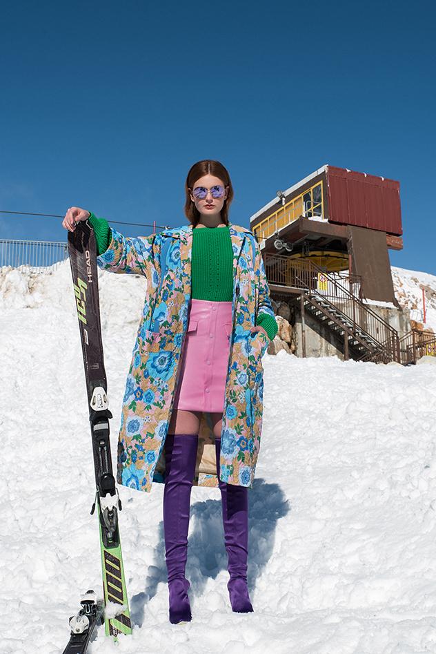 מעיל: מארני לפקטורי 54, חצאית: toppatsu, סוודר: H&M, נעליים: אלדו