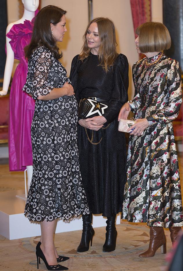 אנה, סטלה וקייט. ערב בנות בארמון (צילום: Eddie Mulholland לגטי אימג'ס)