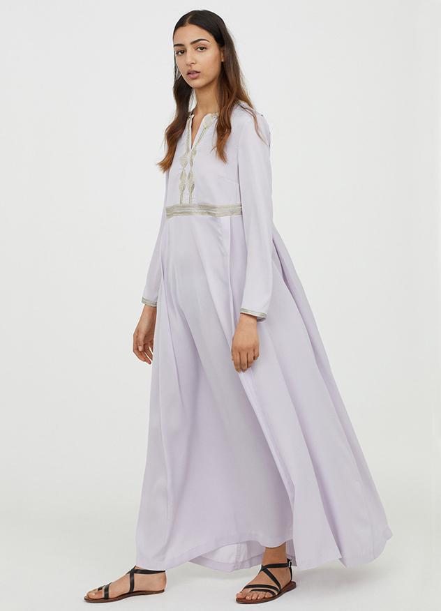"""""""נראתה עלייה כללית בעניין באופנה צנועה מזה זמן רב"""" (צילום: H&M)"""