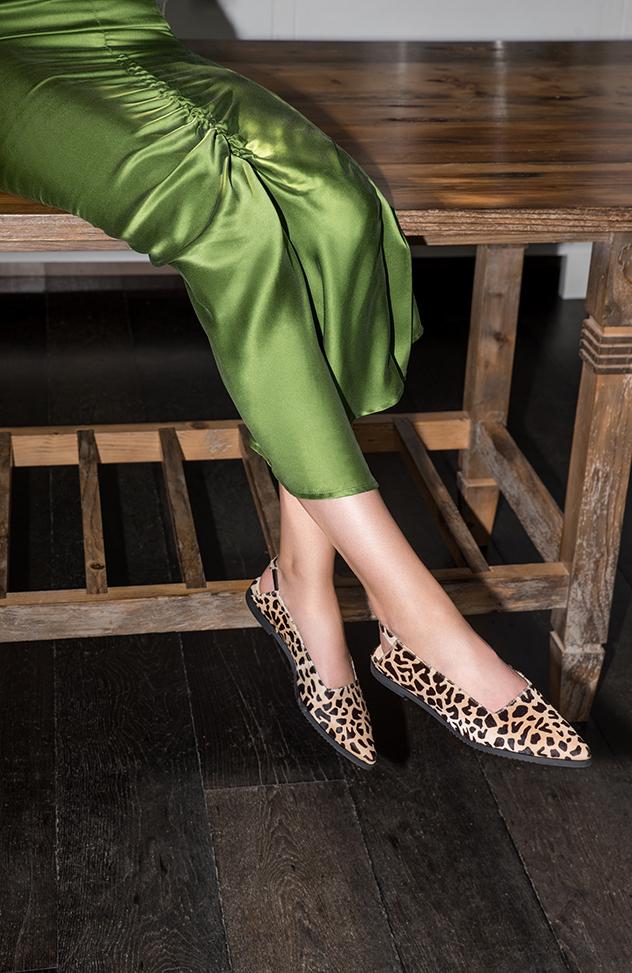 נעלי אמריה (צילום: אביב אברמוב)
