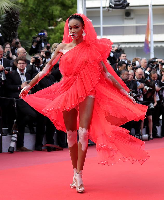 אולי השטיח האדום הנועז מכולם (צילום: Pascal Le Segretain/Getty Images)