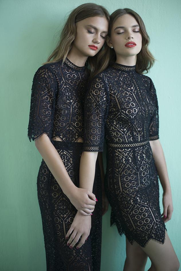 דרור קונטנטו, מחיר: מימין - שמלה: 2,800 שקלים. משמאל - טופ: 1,200 שקלים, מכנסיים: 2,800 שקלים (צילום: דביר כחלון)