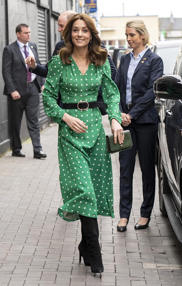 קייט והשמלה הסופר מוצלחת (צילום:  Arthur Edwards לגטי אימג'ס)
