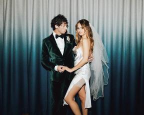 הכלה בחרה בנעליים הכי מפתיעות לחתונה