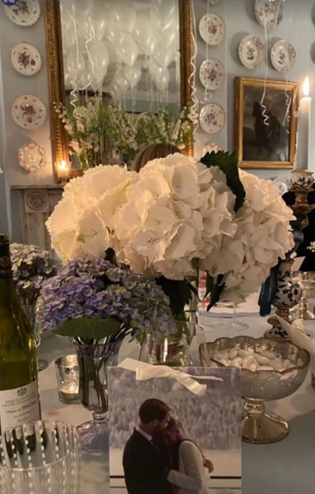 איזה שולחן חתונה בסטייל (צילום: ninaflohr אינסטגרם)
