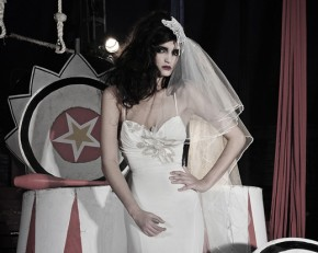 """ענבל רביב מנקה מדפים: שמלות כלה עד 3,500 ש""""ח"""